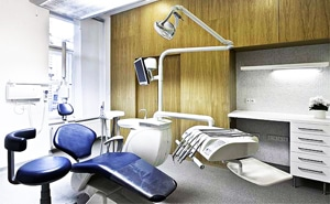 dental-clinic-surgery-room-interiorlkl