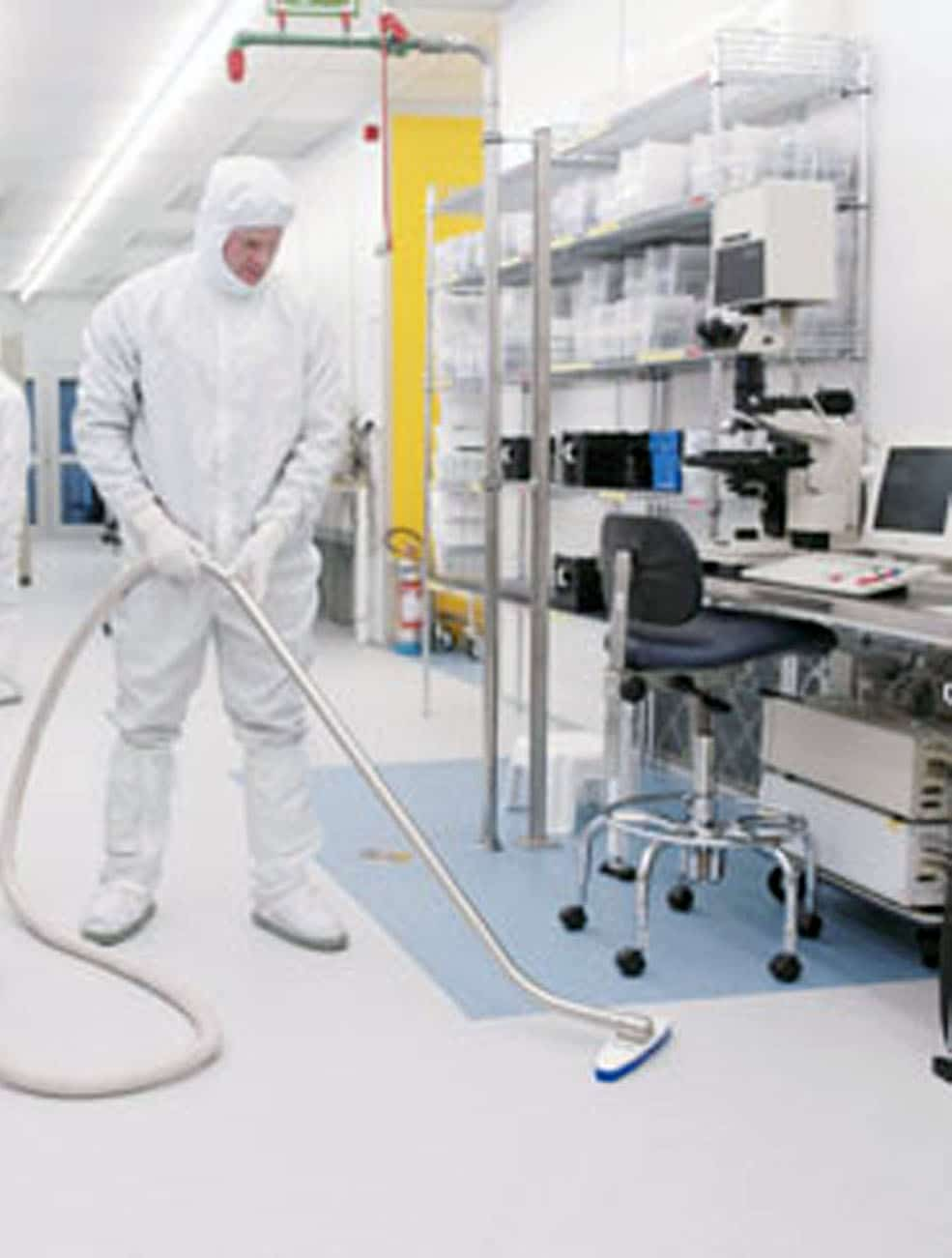 IVT1000CRfloorcleaning1